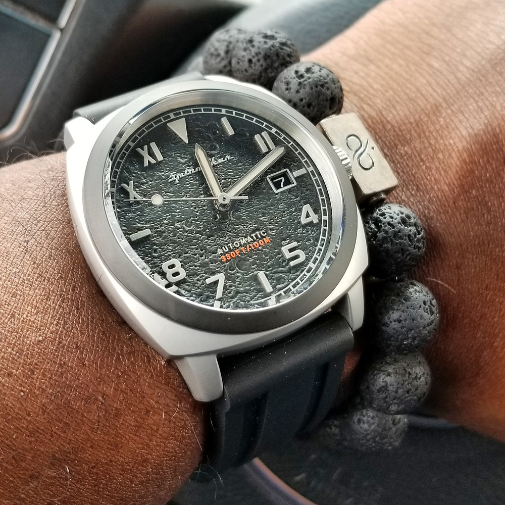WOTD wrist-shot of the Spinnaker, Hull - California, Tactical.  Paired with a large-gauge, Lava stone bracelet, crafted by Aurum Brothers.