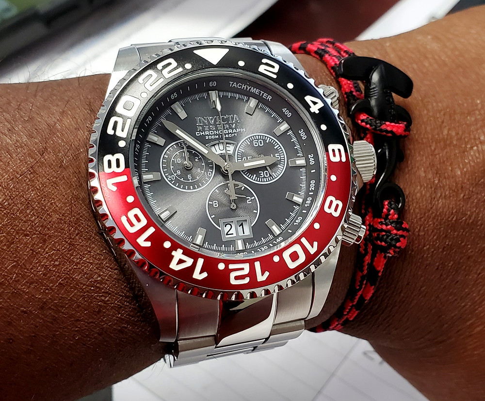 WOTD wrist-shot of the Invicta Reserve, Pro Diver Chronograph.  Paired with a Hammerhead, rope bracelet, designed by Dorsal Bracelet Company.