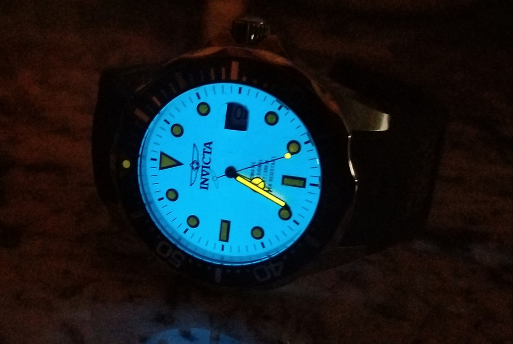 "Full lume dial on the Invicta ""Creamsicle"" Grand Diver"