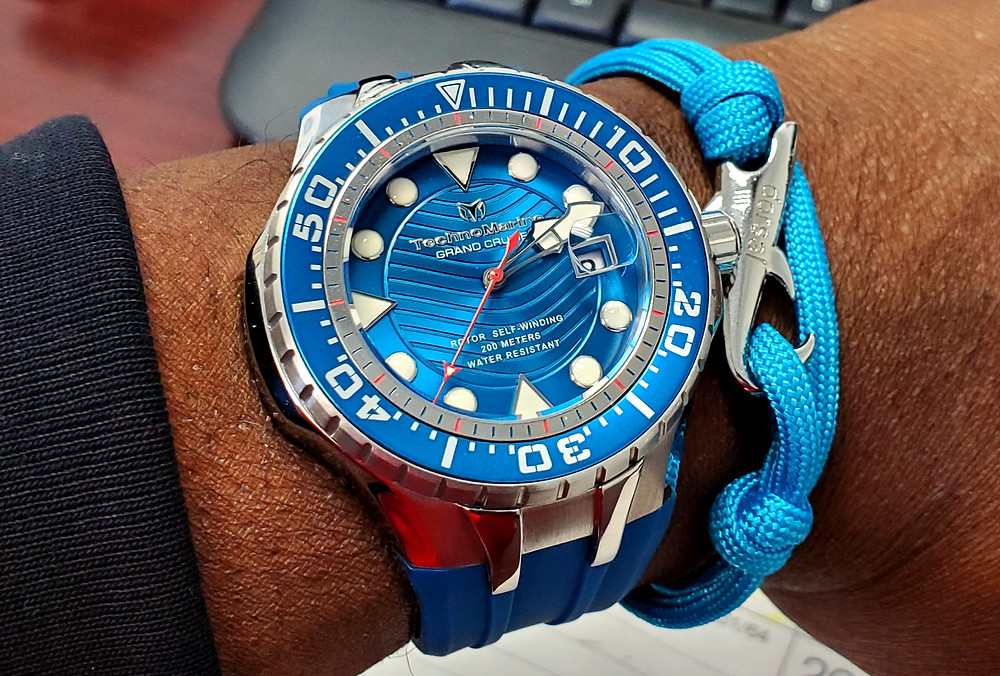 WOTD wrist-shot of the Technomarine, Reef Diver.  Paired with a Shark rope bracelet, designed by Dorsal Bracelet Company.