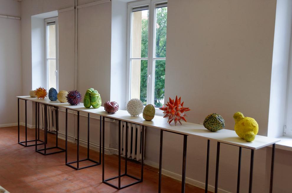 Pollen vases