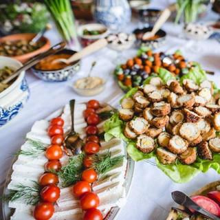 ארוחה רומנית אותנטית