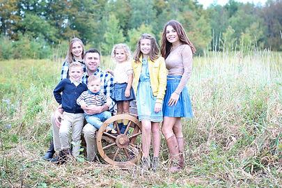 family2018.1.sm.jpg