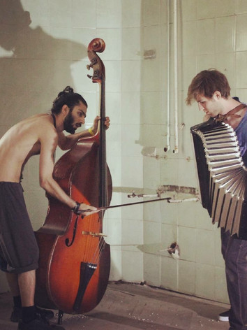 Performance at Porto Franko