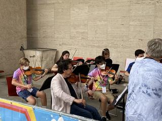 Ruggero Allifranchini with Summer Intensive students