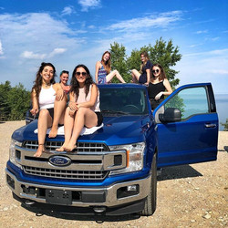 Six girls and a pick-up 🏞 #canada #road