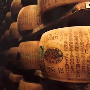 Gastronomy & territory: behind the scenes of  Parmigiano Reggiano production