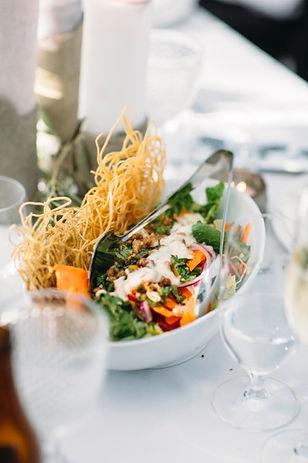 3 forks evet caterng_Banqut style weddng - Moden style seasnal slalad with crispy noodles & tamarind buttermilk dressing