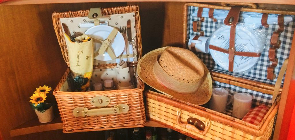 Our PICNIC basket for your pocket lunch