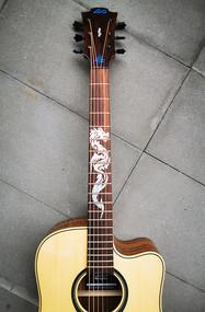 """Griffbrett-Sticker """"Mighty Dragon"""" zum Verzieren deiner Gitarre"""