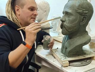 Бюст Петра Ивановича Карузина.