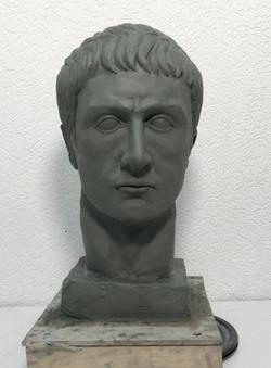 Копию римского портрета с гипсовой головы Германика