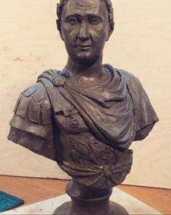 Портрет мужчины в образе римского полковоца.