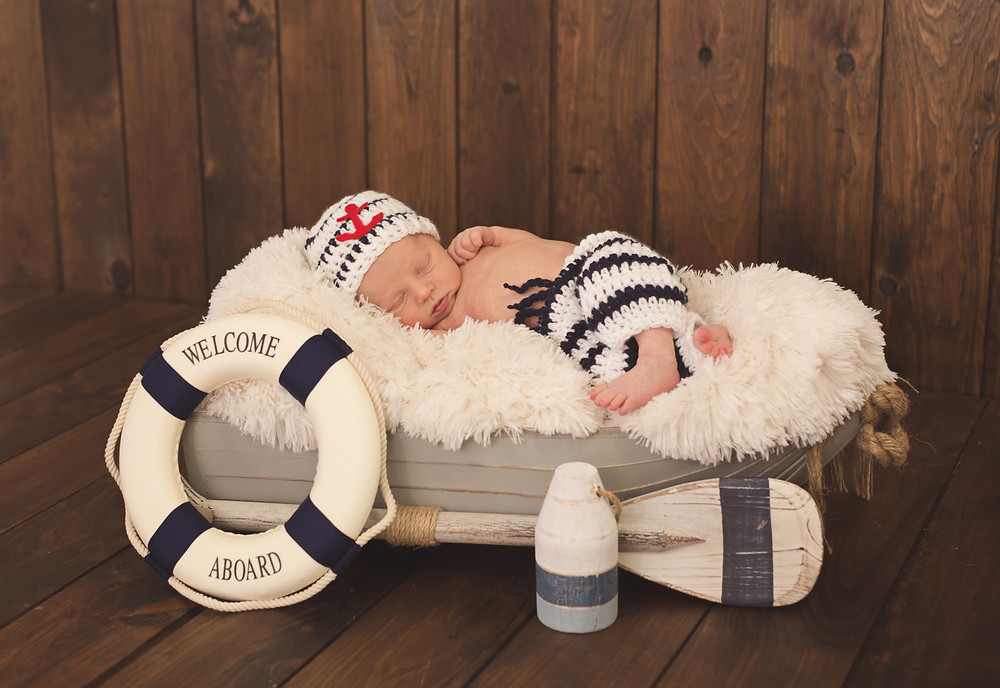 When you want to add a special theme to infant pictures, Jen can do that