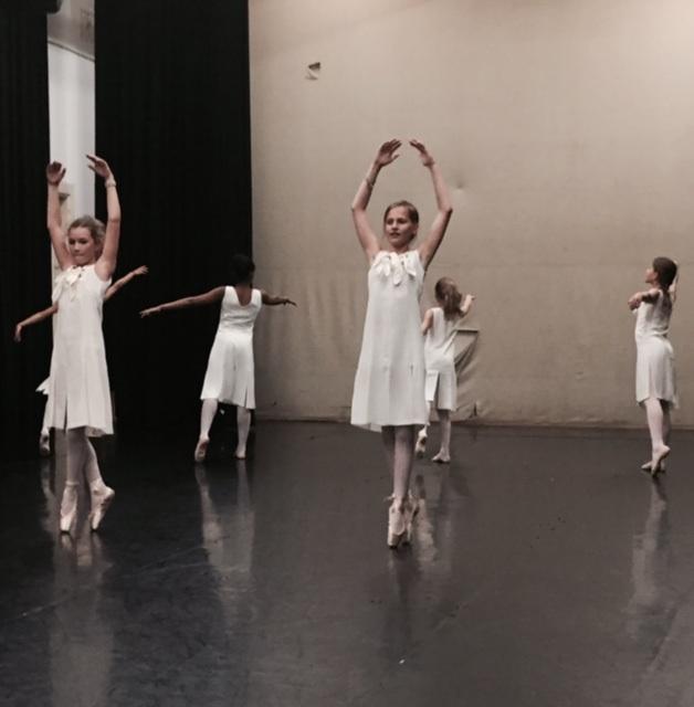 Ballet meisjes 3.jpg
