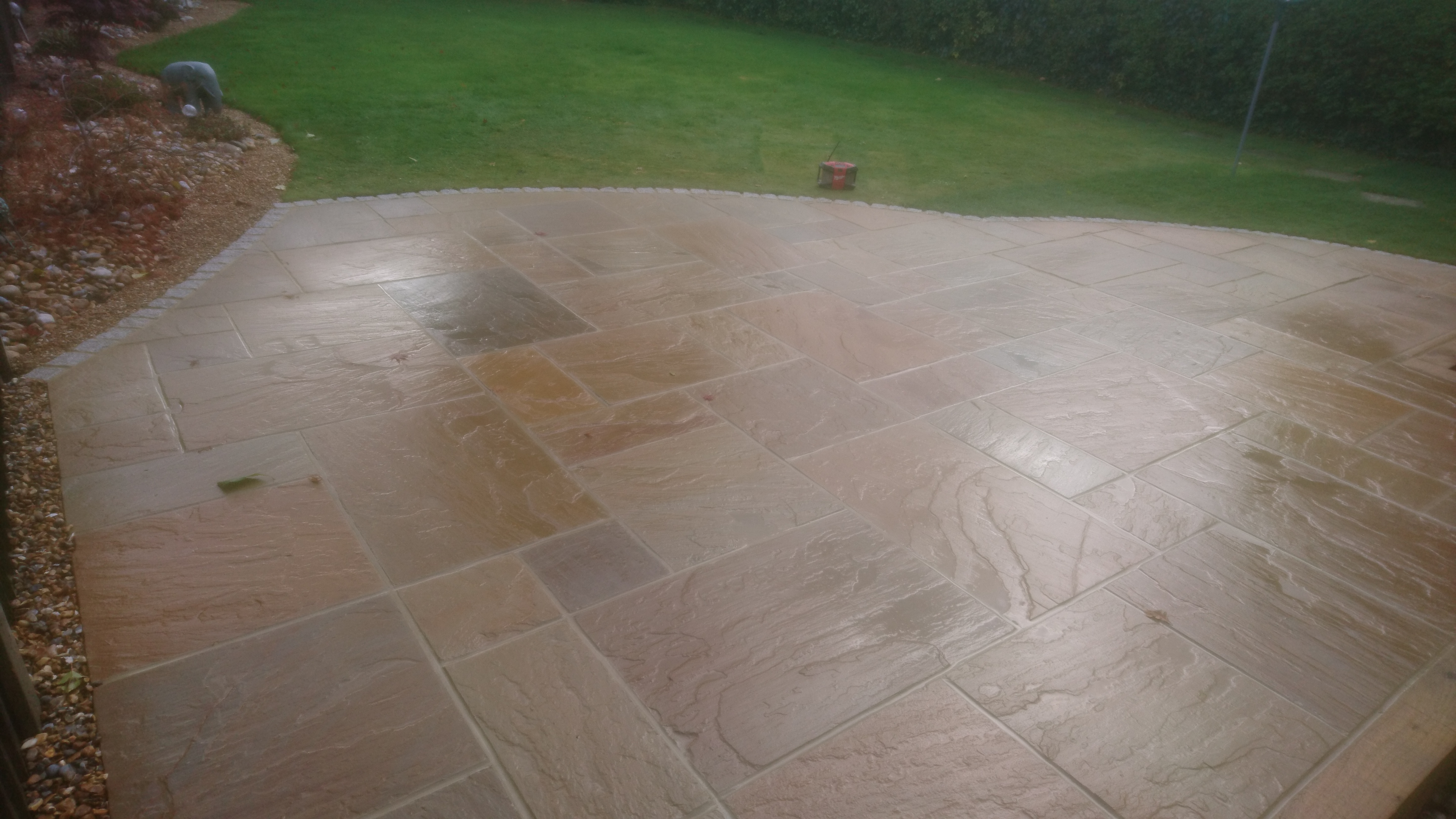Curved sandstone patio