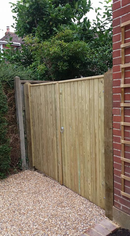 Driveway gates jacksons fine fencing
