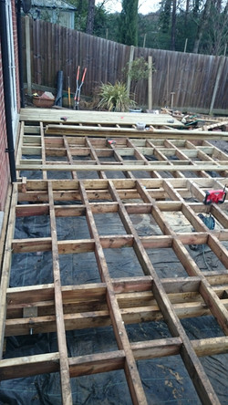 Decking raised construction