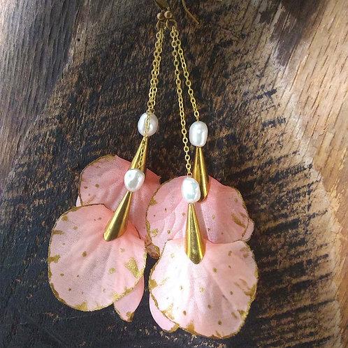 Aliyah Floral Drop Earrings
