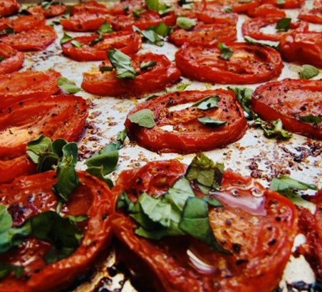 Meghan's Corner: Oven Roasted Tomatoes