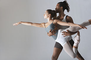 2 people demonstrating ballet