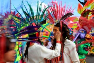Petit aperçu du Carnaval des Noirs et Blancs de San Juan de Pasto (source : Wikipédia)