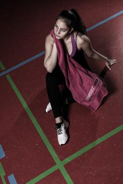 Model: Jennifer Korodi