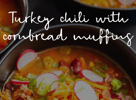 Turkey chili and cornbread muffins