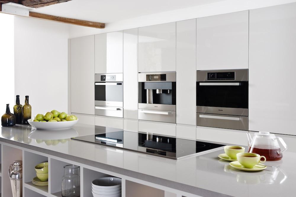 handle-less bespoke kitchen bristol