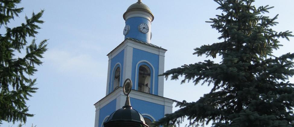 15 июня Крестный ход к Храму Новомученик