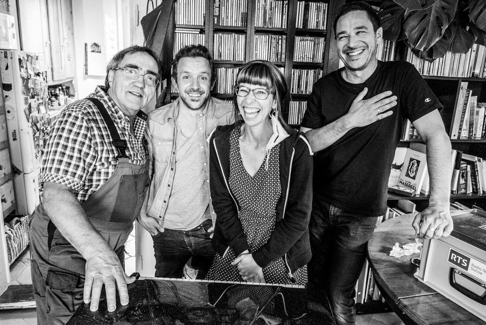 avec Bel Hubert, Sophie Noir Kummer et Alberto Malo à la maison © Yann Zitouni