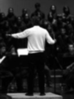 Jose Mena Polo dirigiendo el Credo de La Misa de Credo de W. A. Mozart