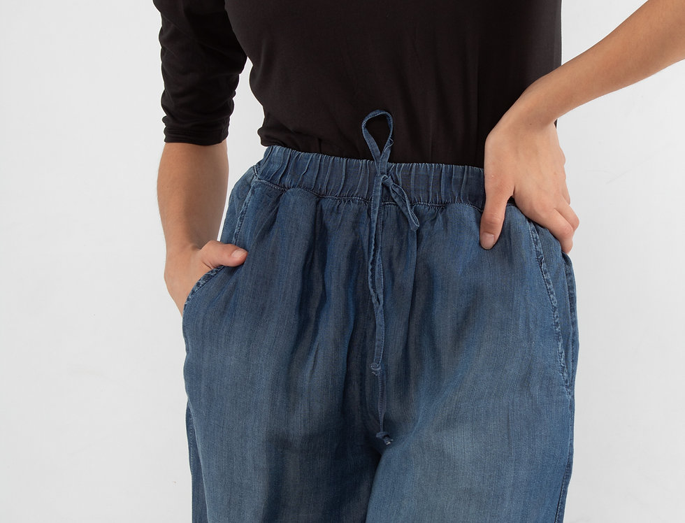 Pantalón recto de mezclilla