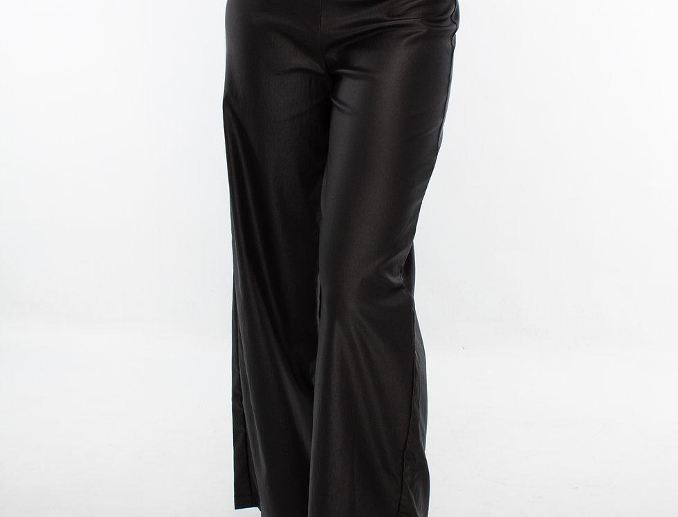 Pantalón recto tipo vinil piel