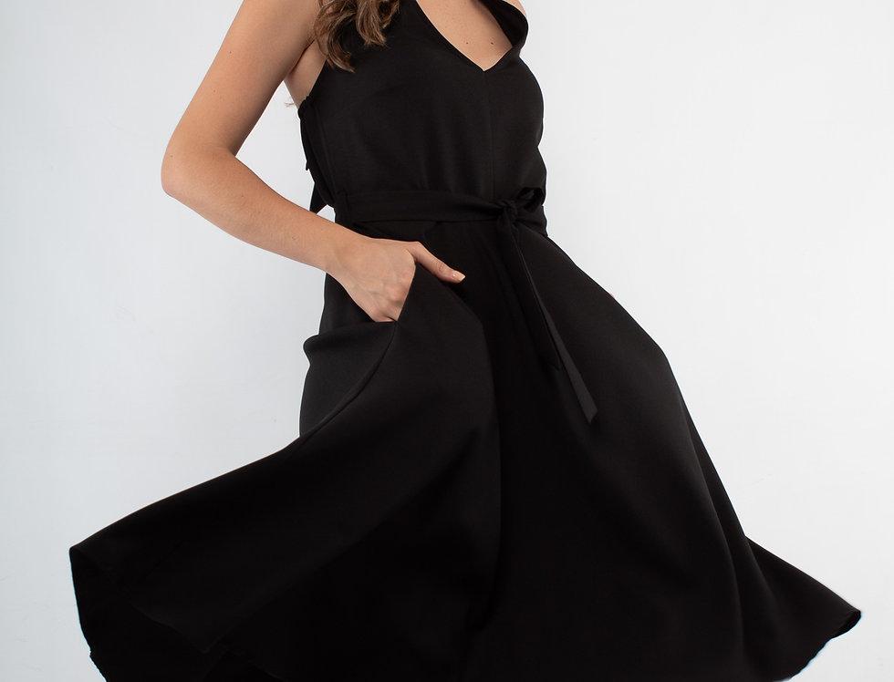 Vestido negro halter