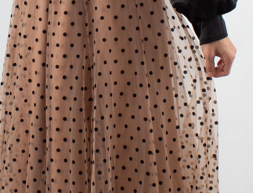 Falda de tul nude puntos negros