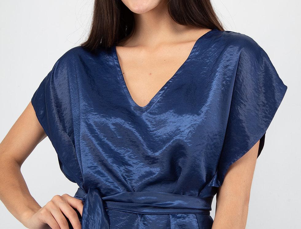 Blusa satinada con cinto