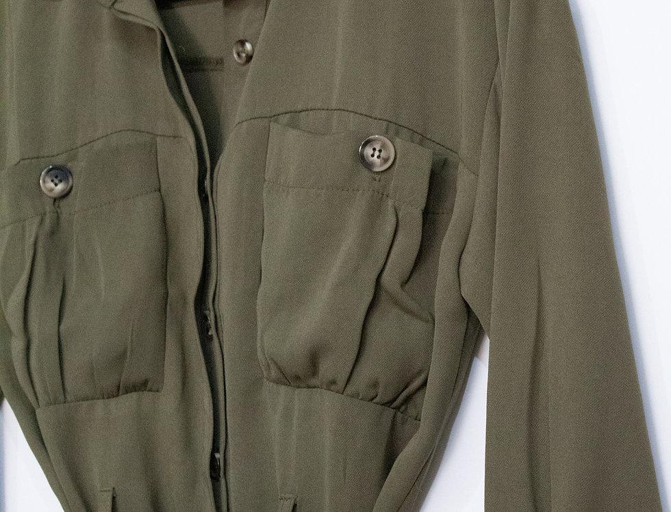 Blusa corte militar con cinto