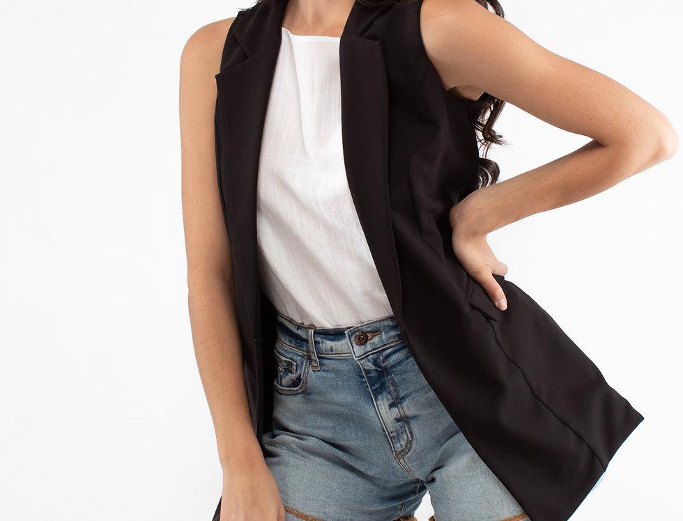 Chaleco negro con bolsas