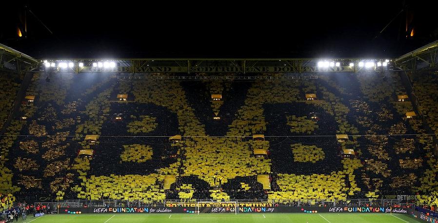 Yellow-Wall-Dortmund-vs-PSG-Champions-Le