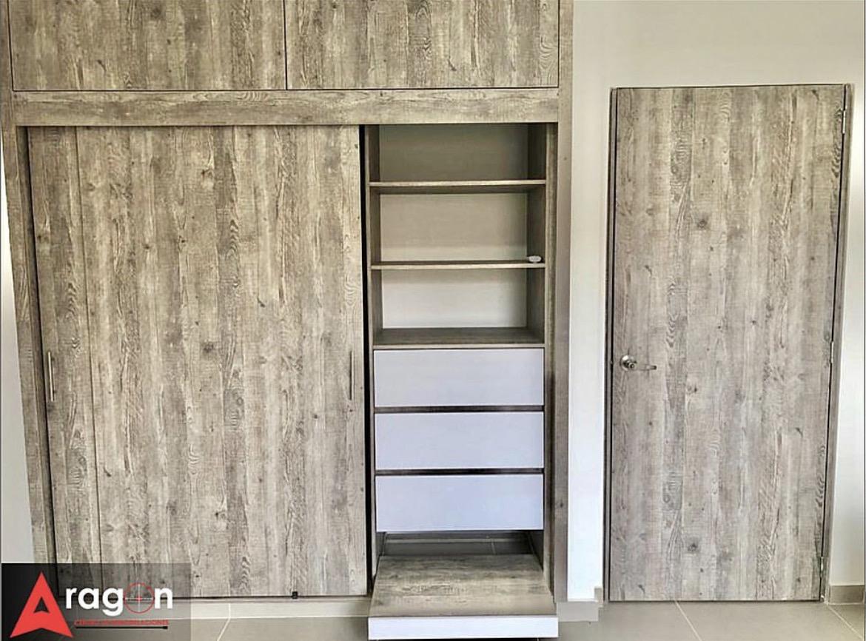 Closet cali