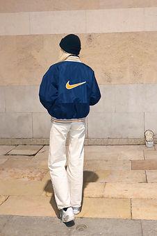Vêtement Nike retro 90's - Vêtements Nike vintage - Sweat Nike vintage - Sweat vintage Nike - Veste Nike vintage - Veste vintage Nike - Accessoires Nike vintage - Accessoires vintage Nike - Nike 90's - Nike 80's - Nike 2000's - Nike Y2K - Polo Nike vintage - Polo vintage Nike - Hoodie Nike vintage - Hoodie vintage Nike - Pépite Nike vintage - Pépite vintage Nike - Rare Nike vintage - Sweat Nike vintage rare - Doudoune Nike vintage - Bob Nike vintage - Casquette Nike vintage - Banane vintage Nike - Banane Nike vintage - Sac à dos vintage Nike - Sac à dos Nike vintage