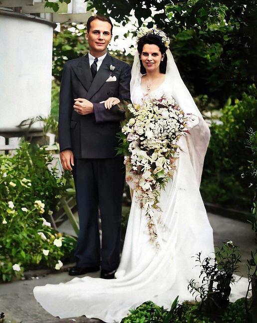 flo wedding c.jpg