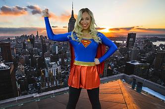 Super-Girl-rooftop.png