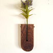 Hanging Vase 1.jpg