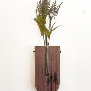 HH_Vase 01.jpg