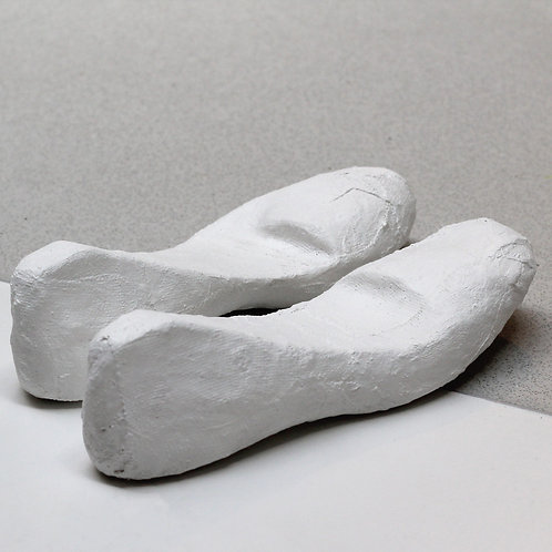 Plaster shoes set