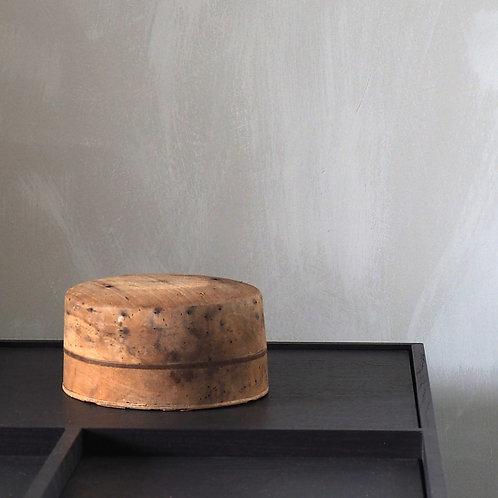 Scale model: Hat 5
