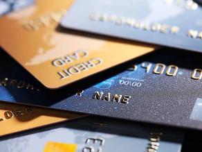 Banco indenizará por falta de informação clara em contrato de consignado.