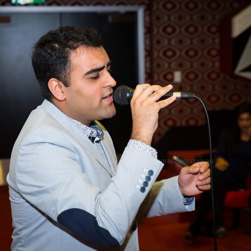 Kunal Sachdeva - Singer